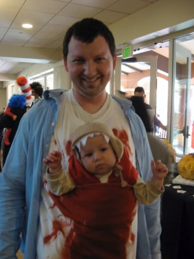 Human dad with baby chestburster