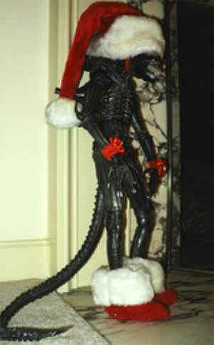 Xenomorph Santa