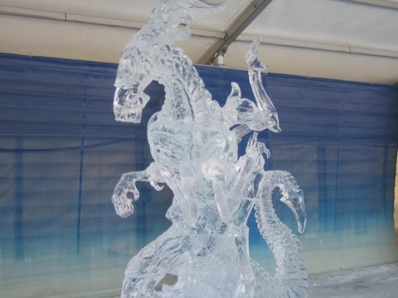 Alien ice sculpture 1